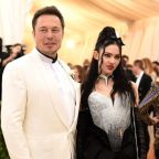 Grimes says boyfriend Elon Musk never stopped workers from unionizing