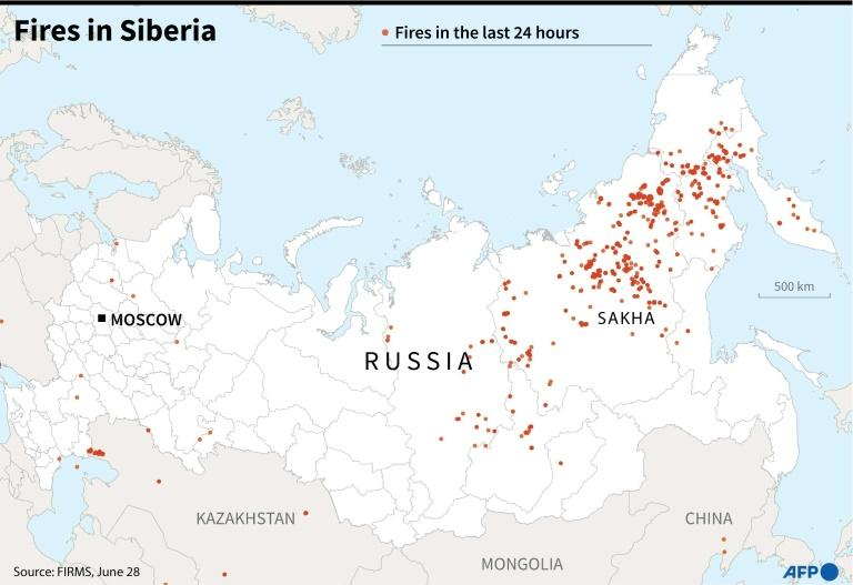 Map of Russia showing fires in Sibera during the last 24 hours (AFP Photo/Patricio ARANA)