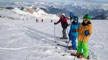 Covid-19: les stations de ski confrontées à un autre risque que l'épidémie