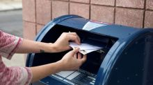 U.S. voting officials scramble in wake of 'misleading' USPS mailer
