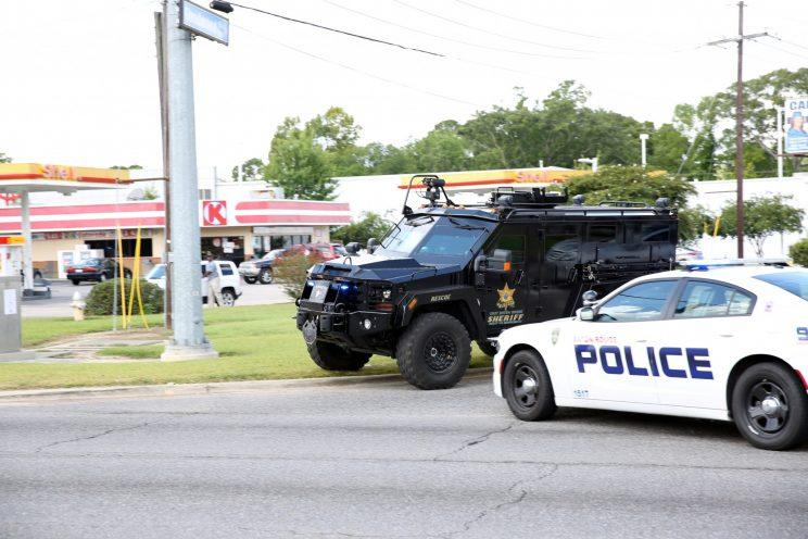 Live: 3 officers killed in shooting in Baton Rouge, reports say