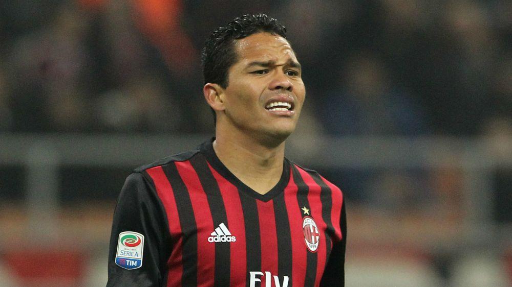 Bacca cada vez más fuera del Milan: no fue inscrito en Europa League