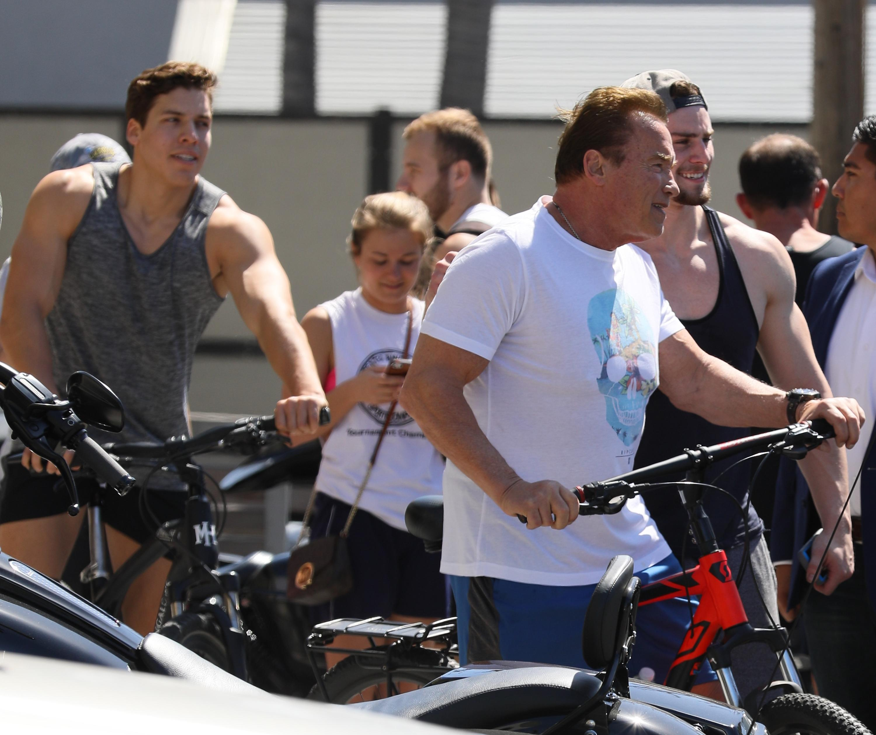 Arnold Schwarzenegger latest pictures - Home Facebook Arnold schwarzenegger latest photo