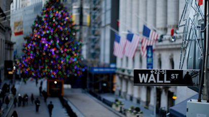 Stock futures set to open lower ahead of busy week