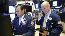 Stock Market Drops, But Retail Stocks Stay Positive