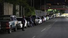 Crecen filas por gasolina en Venezuela mientras tanqueros Irán toman ruta larga para evitar sanciones