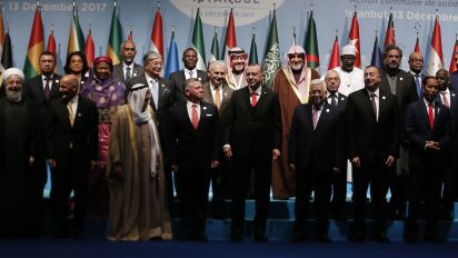 Replace U.S. as mediatorwith UN: Palestinian leader