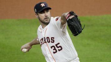 Verlander edges teammate for Cy Young
