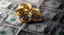 Après avoir atteint des sommets, le bitcoin s'enfonce
