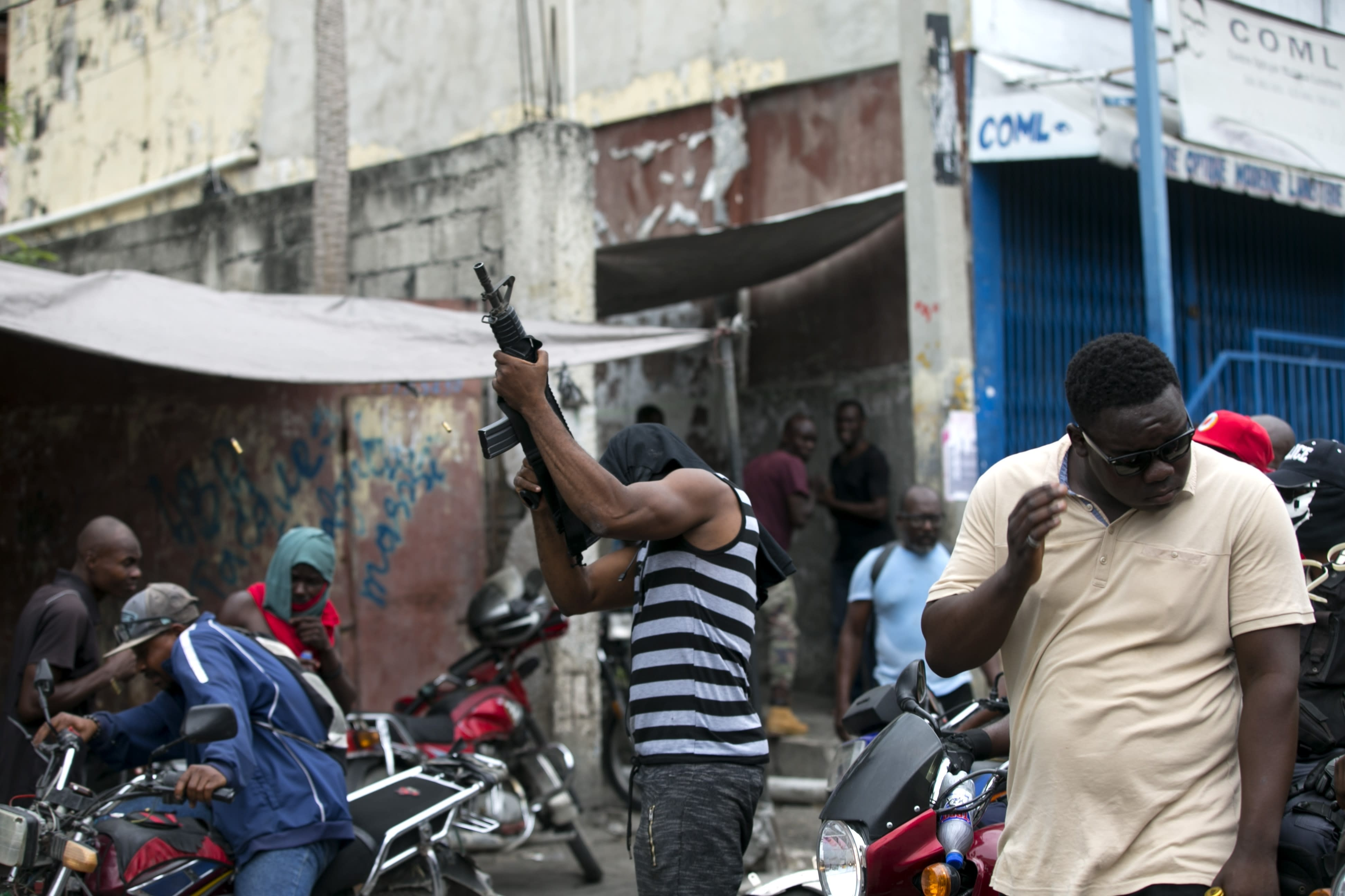 Carnival cancelled, Haiti capital on lockdown after police attack army HQ