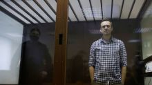 Jailed Kremlin critic Navalny has difficulty speaking, loses more weight, wife says