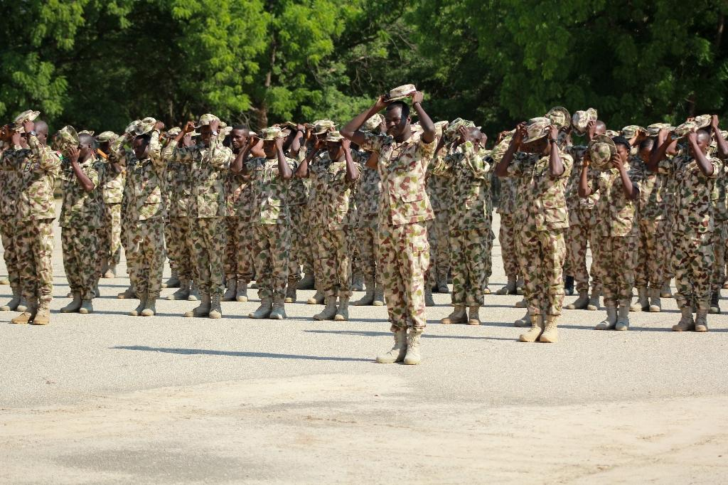 Nigerian army deploys for battle to reclaim key town from