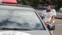 """""""Pas d'examen, pas de formation"""" : face aux embouteillages pour passer le permis, élèves comme auto-écoles sont perdants sur toute la ligne"""