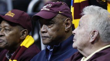 Star of barrier-breaking Loyola team dies at 77