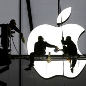 Apple sells more iPhones than expected in third quarter