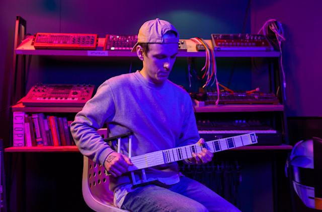 Jammy's new MIDI guitar can control all your virtual instruments