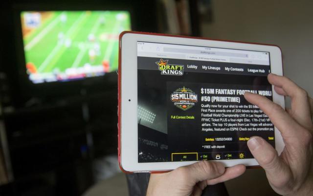 Daily fantasy sports under scrutiny in Texas and Washington