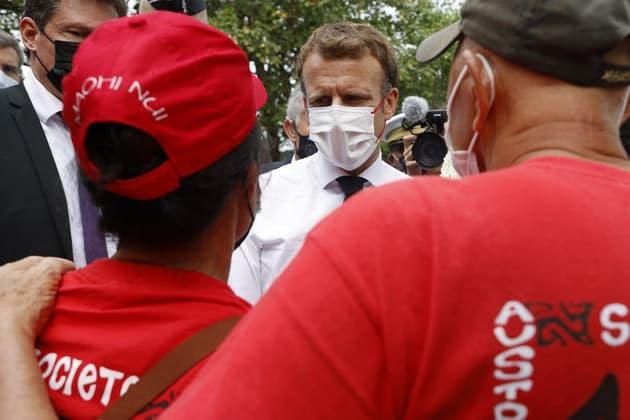 """Emmanuel Macron s'engage à la """"transparence"""" sur les essais nucléaires en Polynésie"""