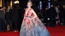 Elizabeth Banks Brings the Drama to the 'Mockingjay' Red Carpet in London
