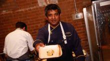 Morre chef indiano de Ugly Delicious vítima do coronavírus