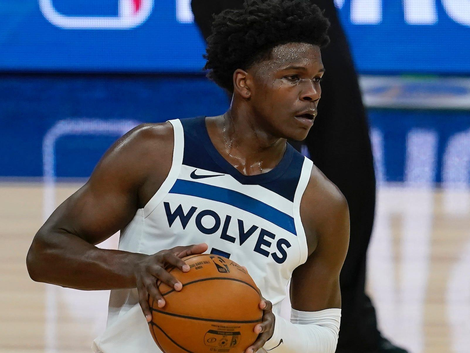 Timberwolves rookie Anthony Edwards dumped a full water bottle on his new coach because he was confused about an NBA tradition