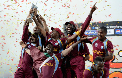COLOMBO, SRI LANKA - OCTOBER 07: West Indies team with the trophy after winning the ICC World Twenty20 2012 Final between Sri Lanka and the West Indies at R. Premadasa Stadium on October 7, 2012 in Colombo, Sri Lanka. (Photo by Gareth Copley/Getty Images)