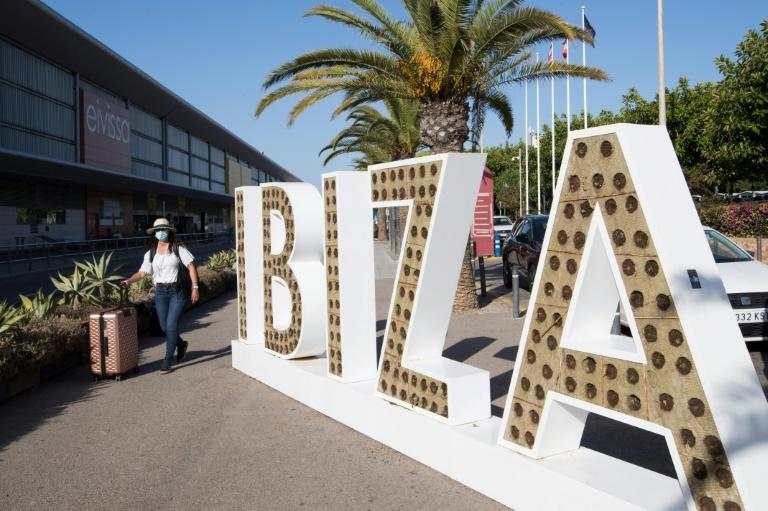 Ibiza fears its tourist season may have been dealt a final blow following Britain's decision to quarantine all arrivals from Spain (AFP Photo/JAIME REINA)