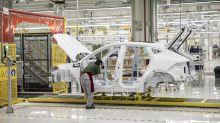 Jaguar Land Rover Considers FinancingOptions After Shock Writedown