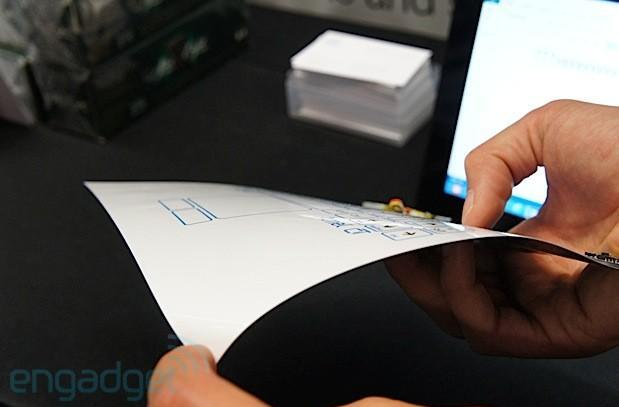 Hands-on with CSR's flexible paper-thin Bluetooth keyboard (video)