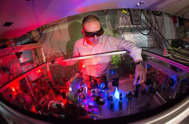 Ultrafast lasers capture elusive photosynthesis reactions