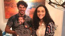 Débora Nascimento e José Loreto comemoram data especial com a filha
