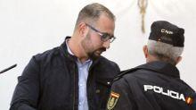 Un asesinato intensivo: el enfermero que envenenó día a día a su mujer en Canarias