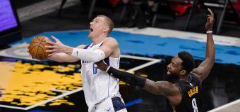 Mavs end Nets' 8-game run as Porzingis returns, Irving sits
