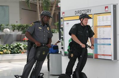 Long Beach cops use Segway to nab thieves