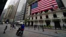 S&P 500 encerra em leva queda apesar de orientação de juros baixos do Fed