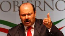 Detienen a exgobernador mexicano César Duarte en EEUU con fines de extradición