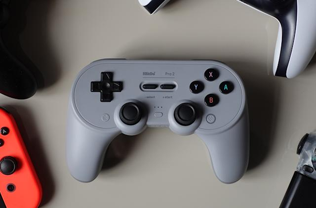 8Bitdo's Pro 2 sneaks premium features into a $50 gamepad