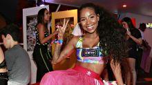 """Luane Dias se emociona em show de Anitta: """"Somos suburbanas"""""""