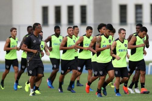 Com folga na Libertadores, Botafogo se prepara na maratona da Taça Rio