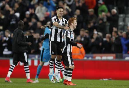 Jogadores do Newcastle comemoram