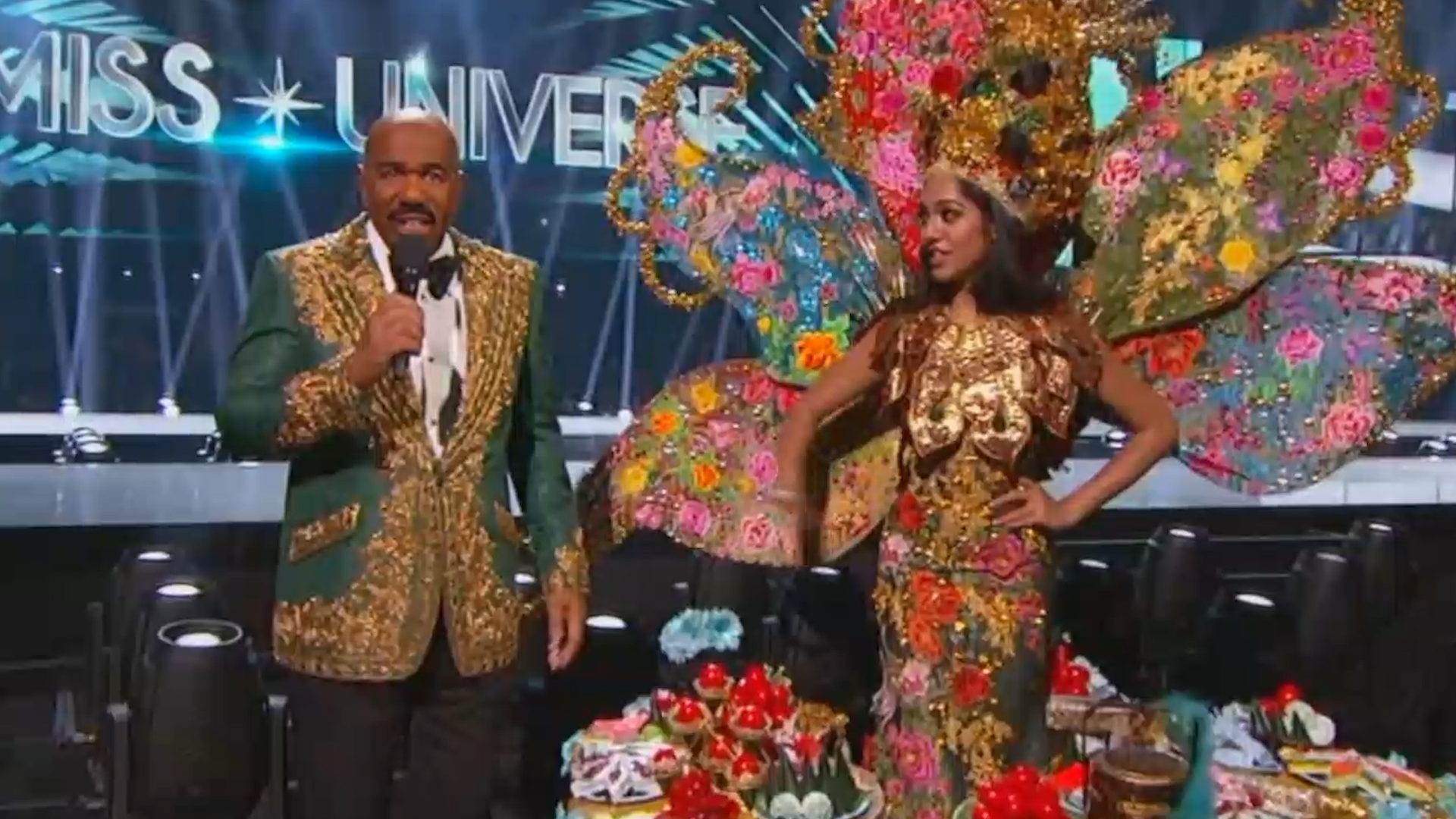 Steve Harvey announces the wrong winner during Miss Universe 2019 costume contest