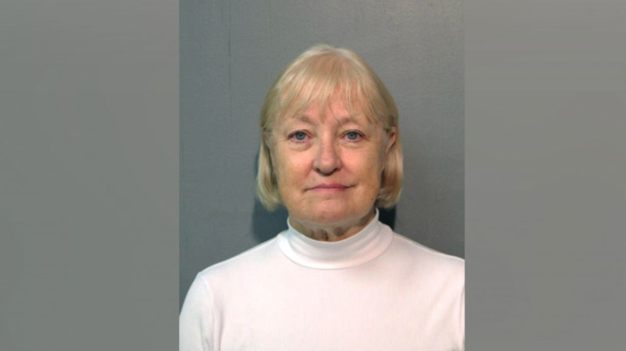 'Serial Stowaway' arrested again at Chicago airport