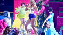 Fans are excited as Taylor Swift turns her VMAs performance into 'a Taylor Swift concert'