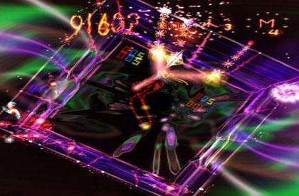 This Wednesday: Space Giraffe and Street Trace light up XBLA