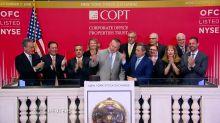 Wall Street ends lower on tariff worries