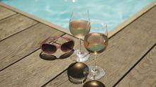 8 vinhos brancos e rosés até R$ 50 para tomar no calor