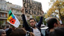 Seine-Saint-Denis: des centaines de personnes rendent hommage à la directrice Christine Renon