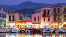 Greek restaurants and cafés are open, but business owners show cautious optimism