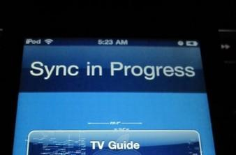 iPod touch showing freaky graphical glitches after iOS 4.3 update? (video)