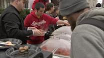 Thanksgiving meals given to homeless in Center City
